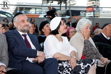 מכבדים את זכרו של עמרם לוק (צילום: רווח הפקות)