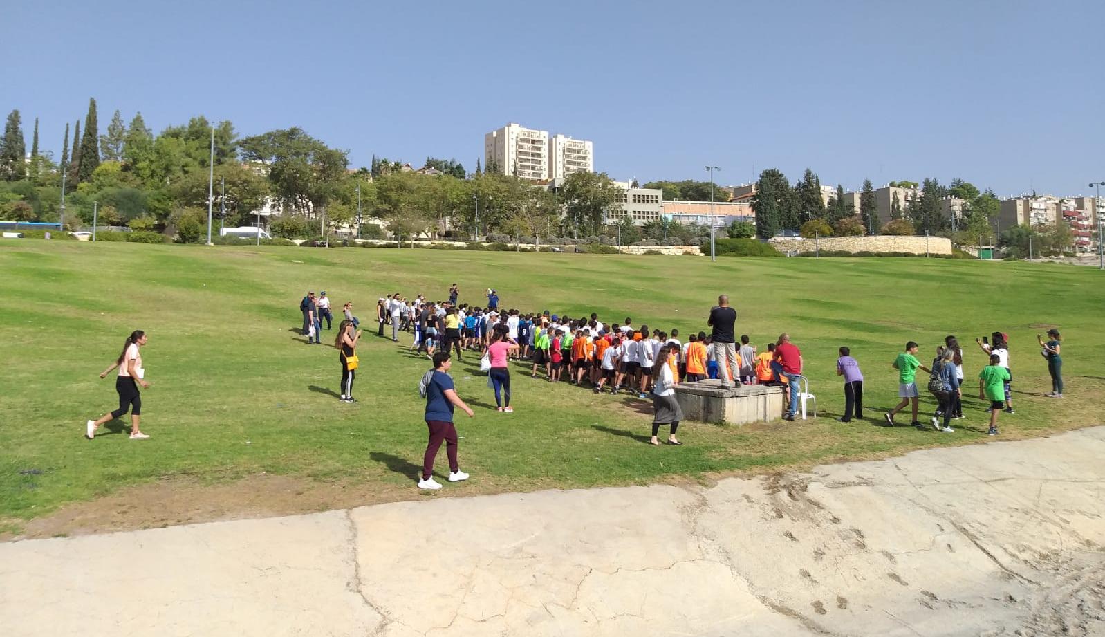 תמונה מתוך מרוץ שדה (שילה רוזנפלד, דובר מחלקת התרבות והספורט של העירייה)