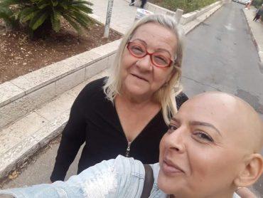 מיה עם אמה (צילום: פרטי)