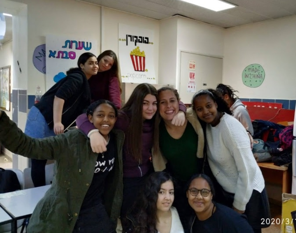 """תלמידות אולפנת אמי""""ת בפורים (צילום: נטע שני)"""