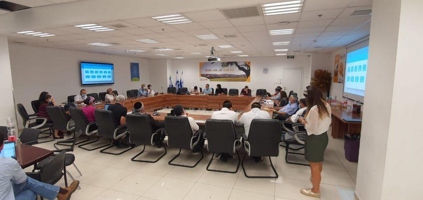 ישיבת ועדת משק לשעת חירום, השבוע (צילום: דוברות העירייה)