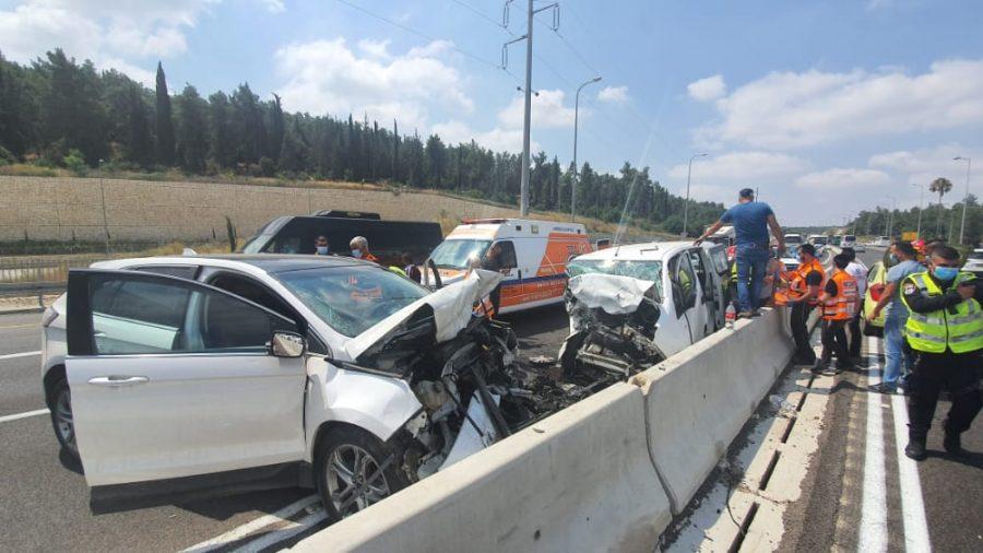 זירת התאונה בכביש 38 (צילום: תיעוד מבצעי איחוד הצלה)