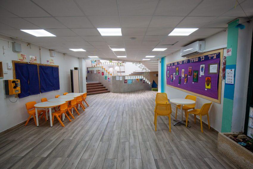 לימודים בימי קורונה, בית ספר קשת בירושלים (צילום: אמיל סלמן)