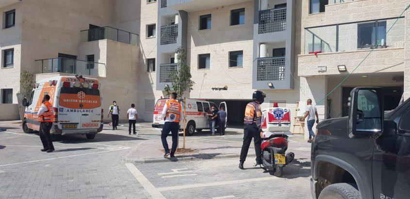 זירת התאונה בשדרות האמוראים בבית שמש (צילום: דוברות איחוד הצלה)