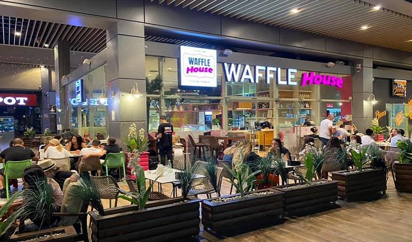 מסעדת 'וופל האוס' (צילום: דף הפייסבוק של וופל האוס)