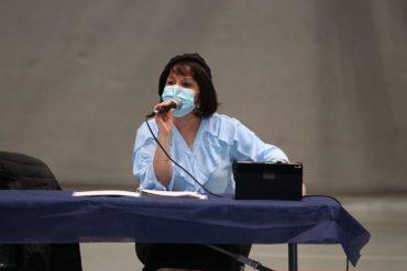ראש העיר עליזה בלוך בישיבת המועצה (צילום: רווח הפקות)