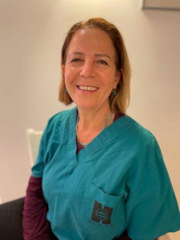 אורית ירדן- רוטברד, אחות מיילדת במרכז הרפואי הדסה עין כרם (צילום: דובורת הדסה)